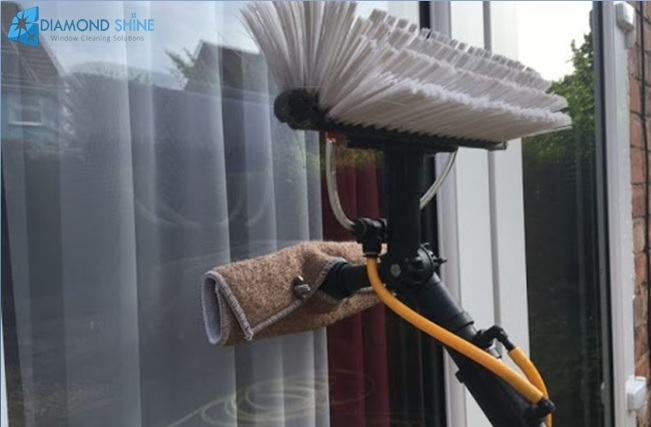 window cleaning with pure water